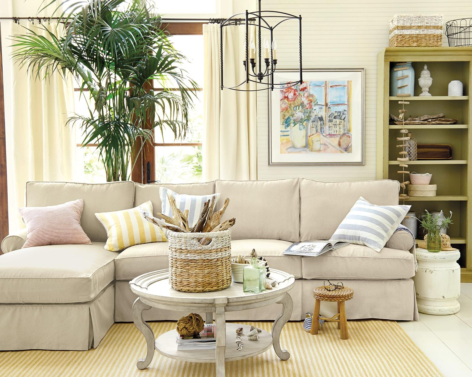 How To Match A Coffee Table To Your Sectional – How To Decorate In Coffee Table For Sectional Sofa (Image 8 of 15)