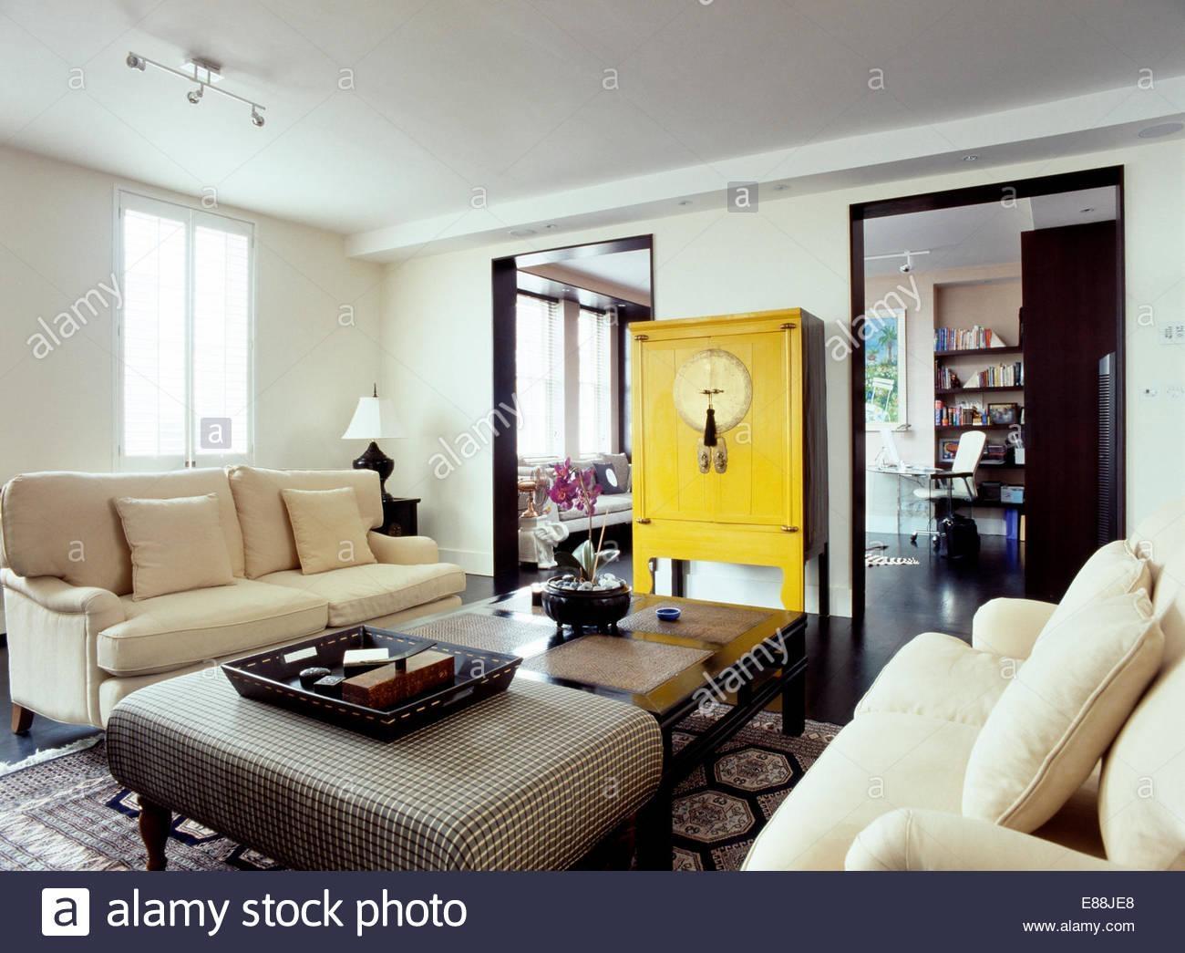 Interiors Sittingroom Sofa Yellow Stock Photos & Interiors With Regard To Yellow Chintz Sofas (View 12 of 20)