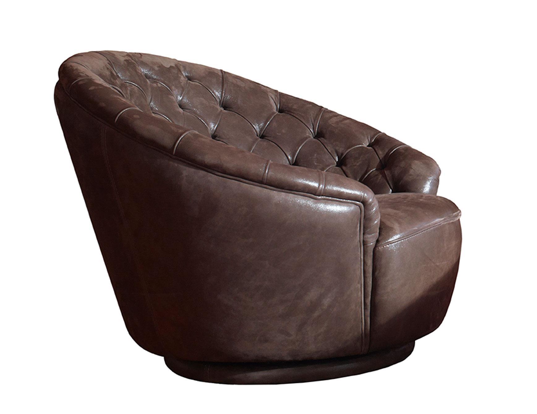 Italian Designer Luxury High End Sofas & Sofa Chairs: Nella Vetrina With High End Sofa (Image 16 of 20)
