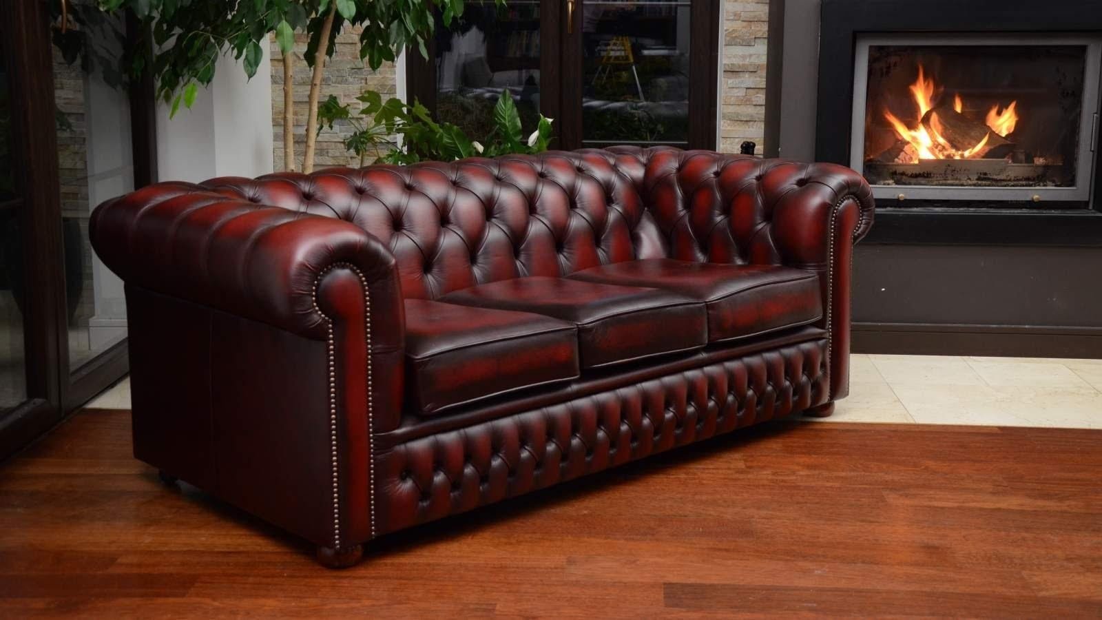 Kanapa Chesterfield 3 Osobowa – 3 Seater Chesterfield Couch – Youtube With Red Leather Chesterfield Chairs (Image 15 of 20)