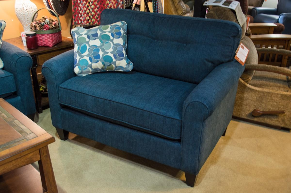 La Z Boy – Laurel Chair – Harris Family Furniture Intended For Lazy Boy Sofas And Chairs (View 5 of 20)