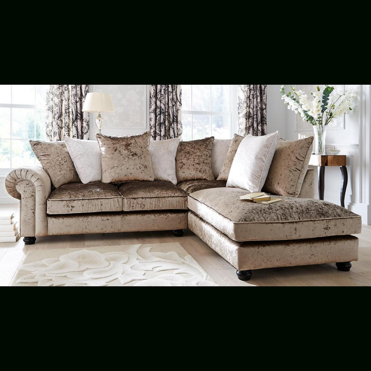 Laurence Llewelyn Bowen Scarpa Right Hand Fabric Corner Chaise With Fabric Corner Sofa Bed (Image 12 of 20)