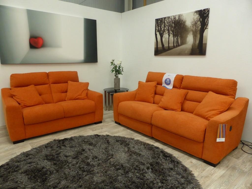 Lazy Boy Huge Clearance Event – Furnimax News Within Lazy Boy Manhattan Sofas (Image 11 of 21)