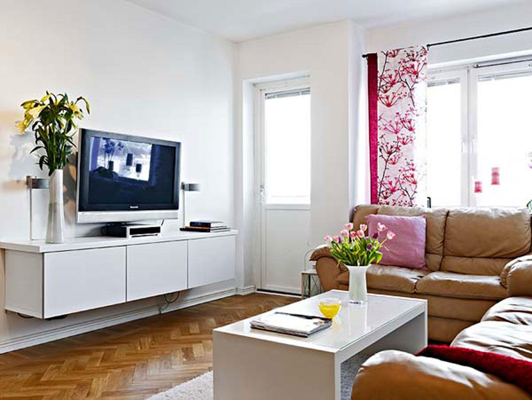 Living Room : Bernhardt Tarleton Sofa Fuschia Throw Pillow Round Within Bernhardt Tarleton Sofas (View 20 of 20)