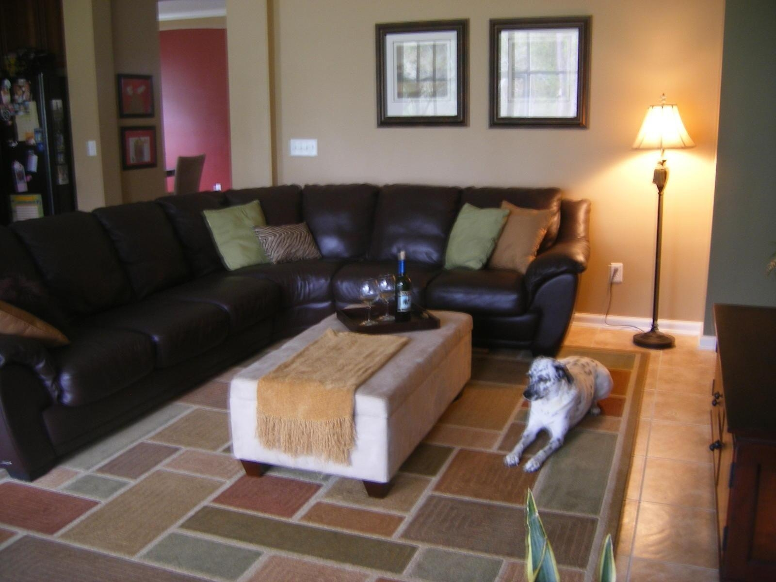 Living Room Decorating Ideas With Dark Brown Leather Sofa With Regard To Brown Sofas Decorating (Image 16 of 20)