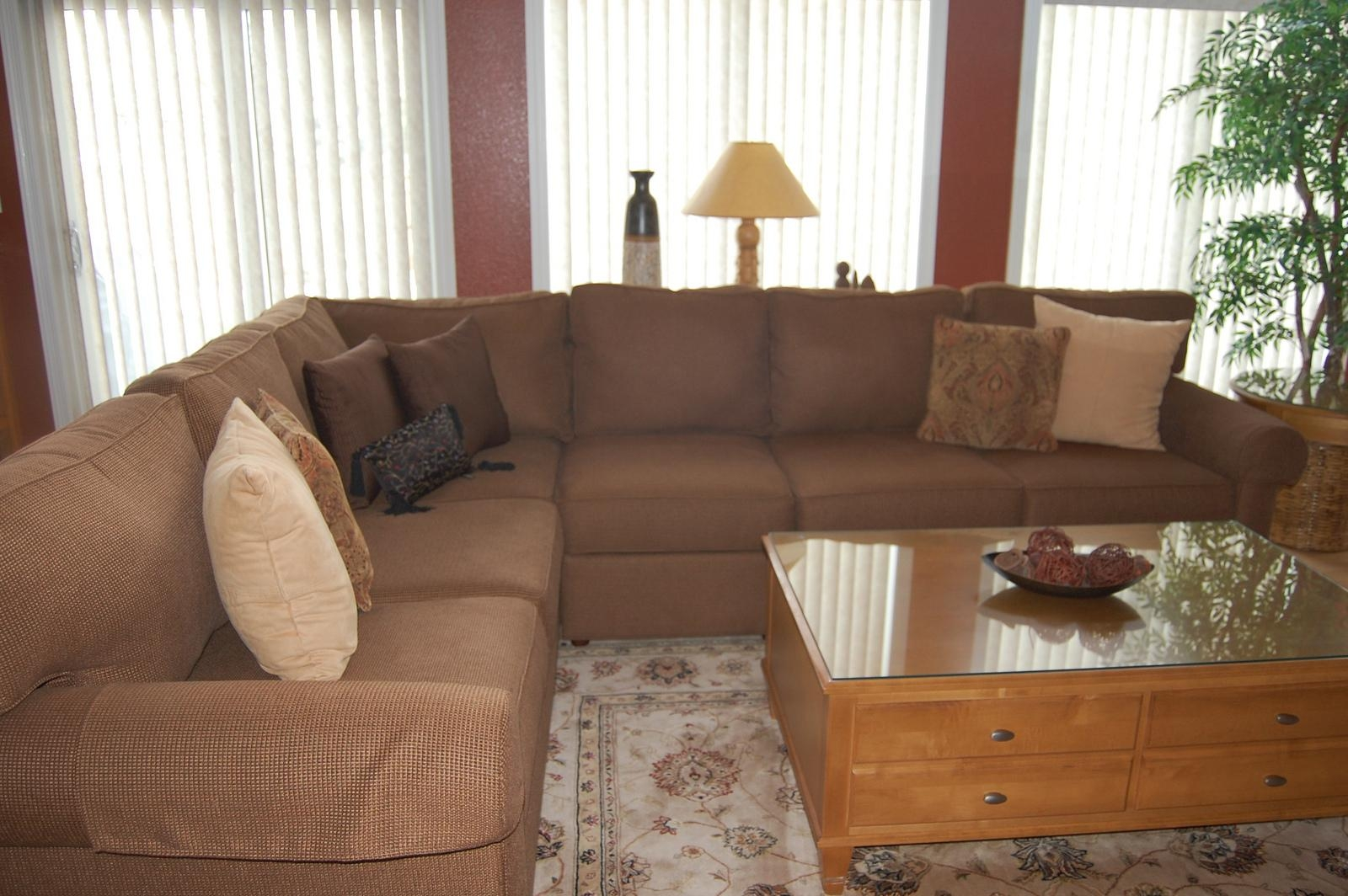 Living Room: Excellent Living Room Sofas Designethan Allen For Ethan Allen Sofas And Chairs (View 10 of 20)