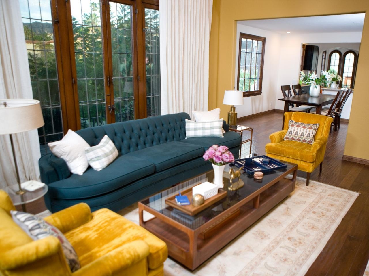 Living Room Yellow Chairs – Carameloffers With Regard To Yellow Sofa Chairs (Image 12 of 20)