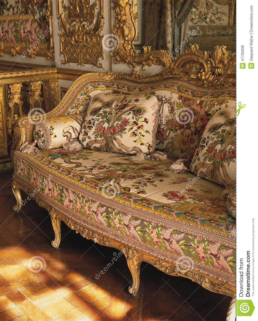 Marie Antoinette Furniture. Zamp (View 15 of 20)