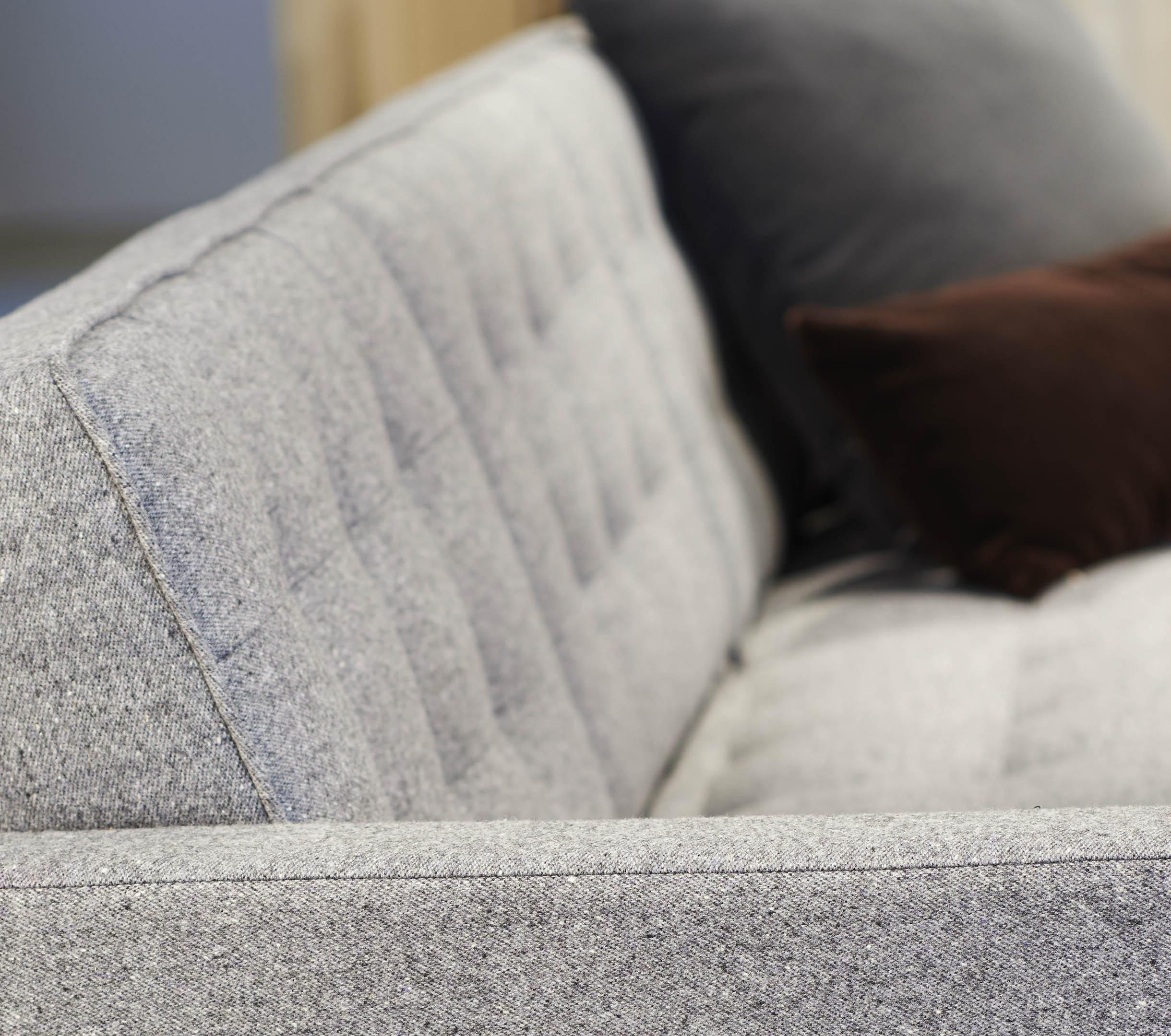 Melange Upholstery | Knolltextiles For Florence Knoll Fabric Sofas (Image 18 of 20)