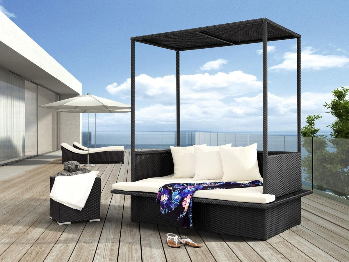 Modern Outdoor Furniture Models For Enhancing Outdoor Space Up With Outdoor Sofas With Canopy (Image 9 of 20)