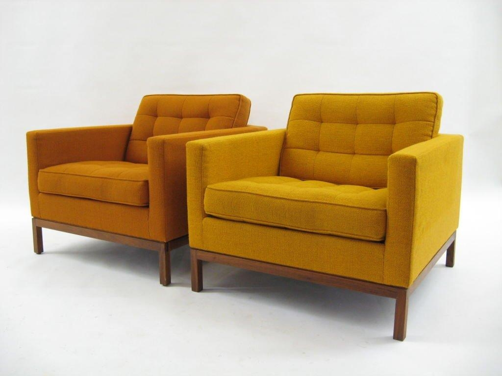 Pair Of Florence Knoll Lounge Chairs With Uncommon Wood Bases At Throughout Florence Knoll Wood Legs Sofas (Image 17 of 20)