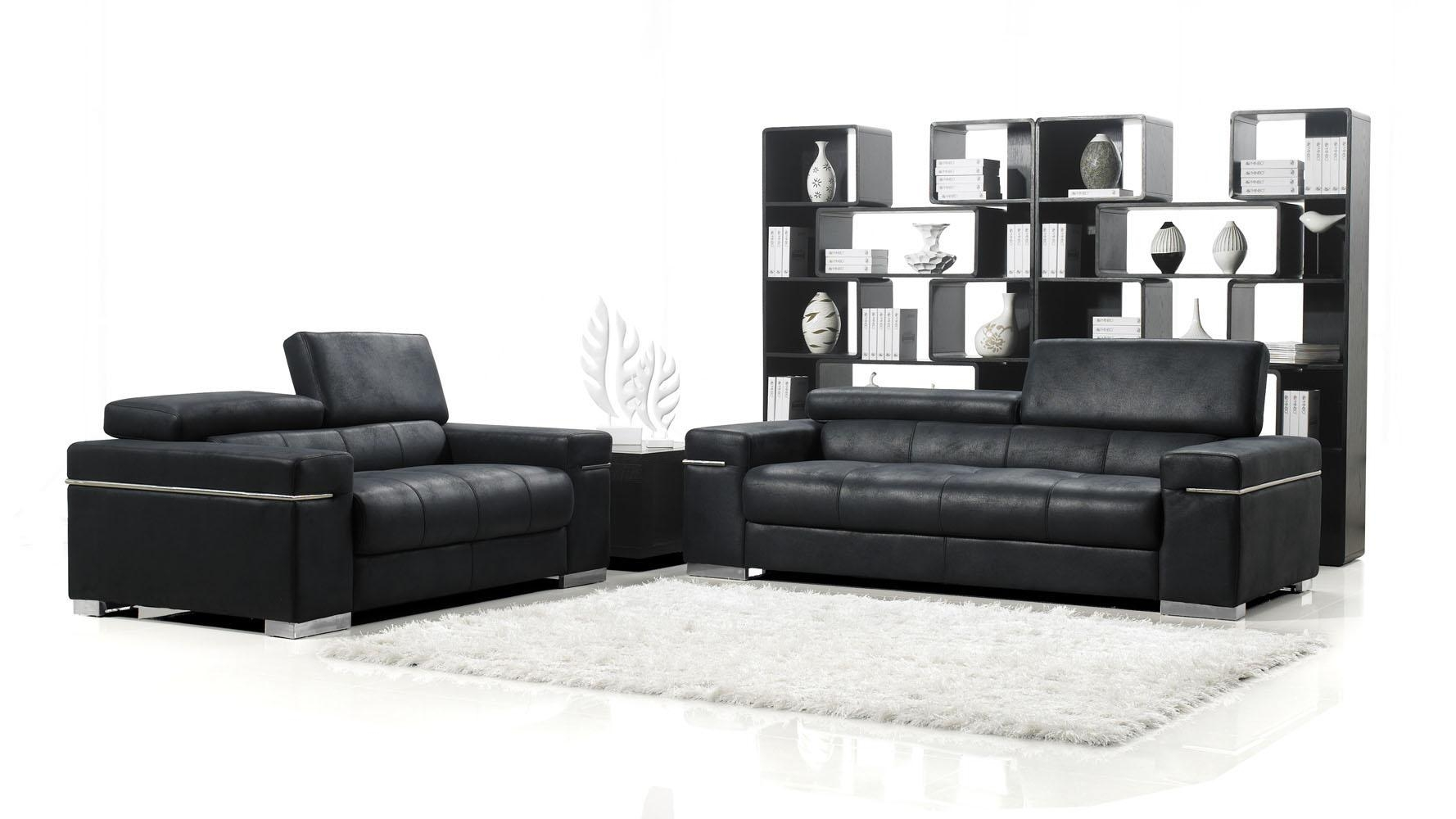 Products In Sofas | Sofa Sets, Seating, Living On Zuri Furniture In White Modern Sofas (Image 11 of 20)