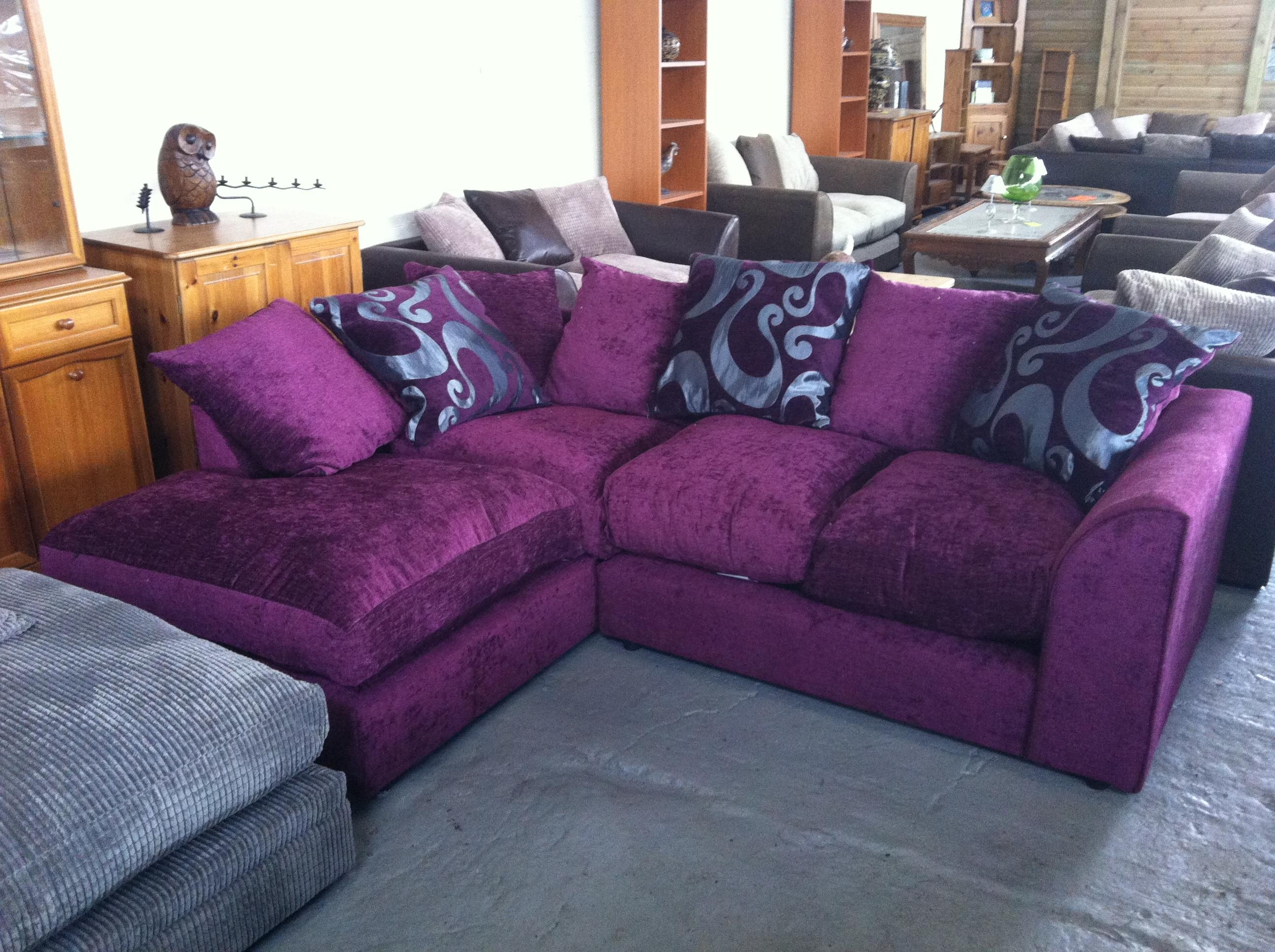 20 inspirations velvet purple sofas sofa ideas for Purple sofa