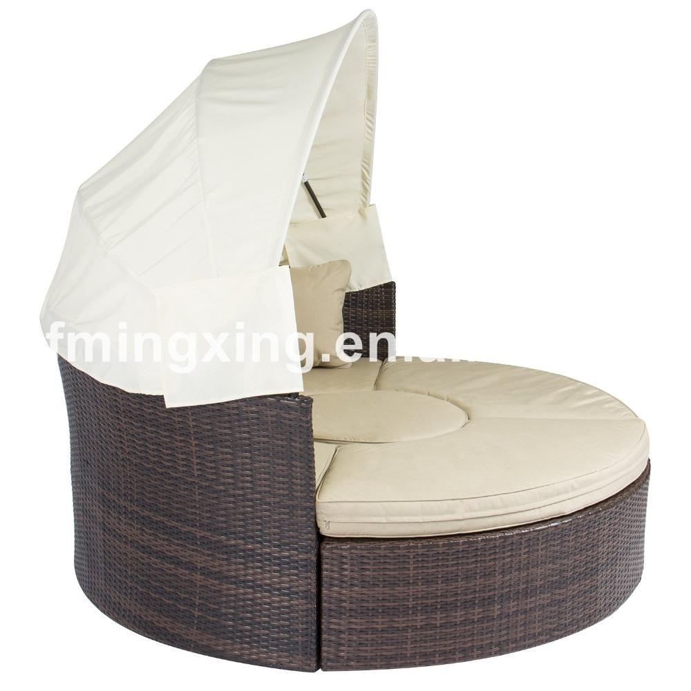 Round Sofa Furniture, Round Sofa Furniture Suppliers And Intended For Round Sofa Chair (Image 11 of 20)