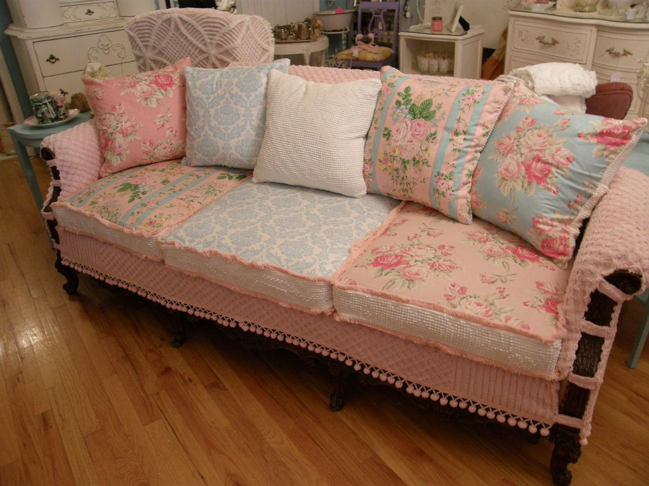 Slip Covers Chair And Quality Interiors | Sofa Slipcover | Chair Regarding Country Cottage Sofas And Chairs (View 20 of 20)
