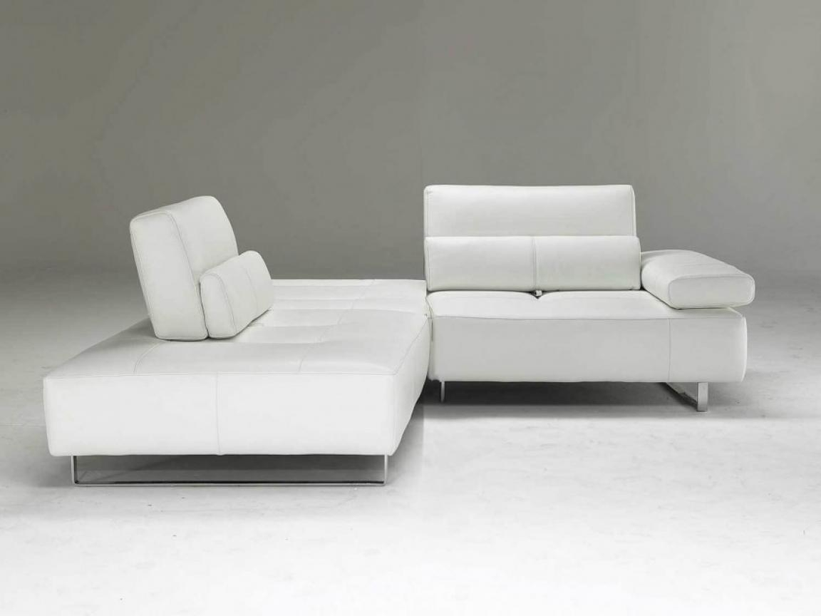 Small Modern Sofa Modern Small Sofa Rooms Small Curved Sectional Inside Modern Small Sectional Sofas (Image 17 of 20)
