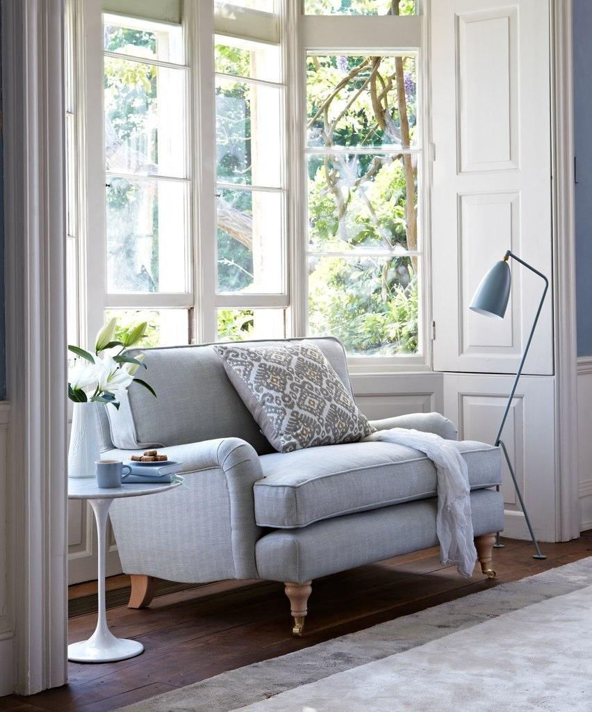 Featured Photo of Bay Window Sofas