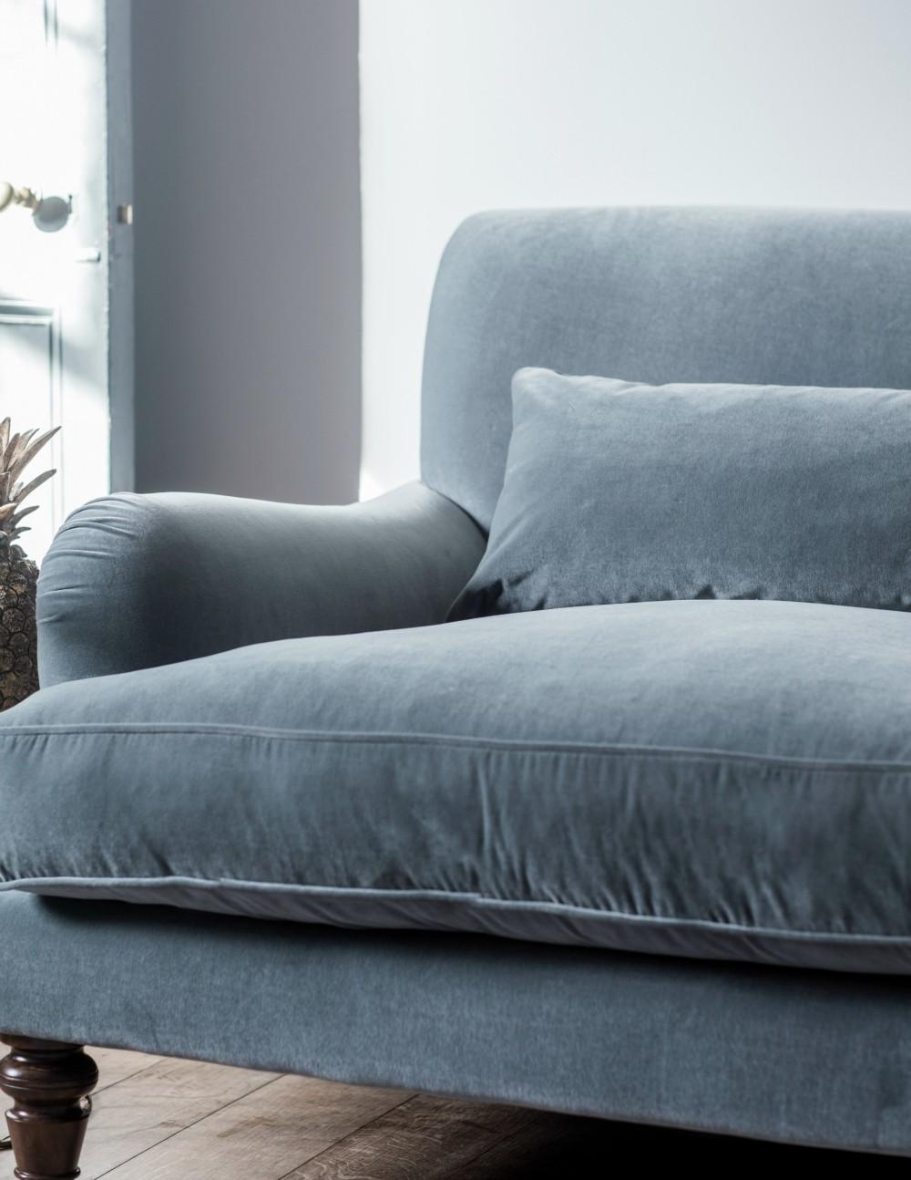 20 choices of blue gray sofas sofa ideas for Blue grey couch