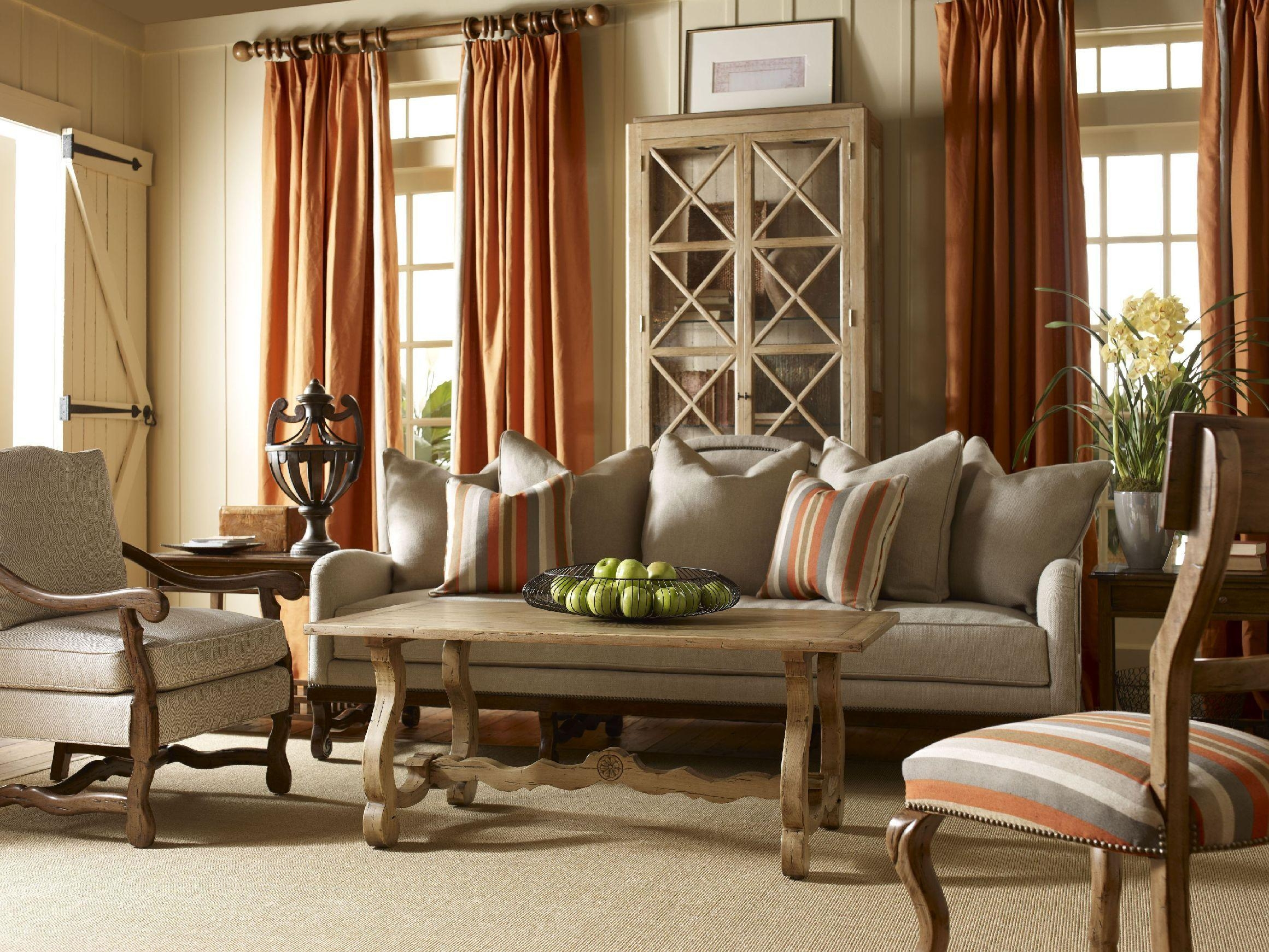 20 collection of country style sofas sofa ideas for Mode country chic