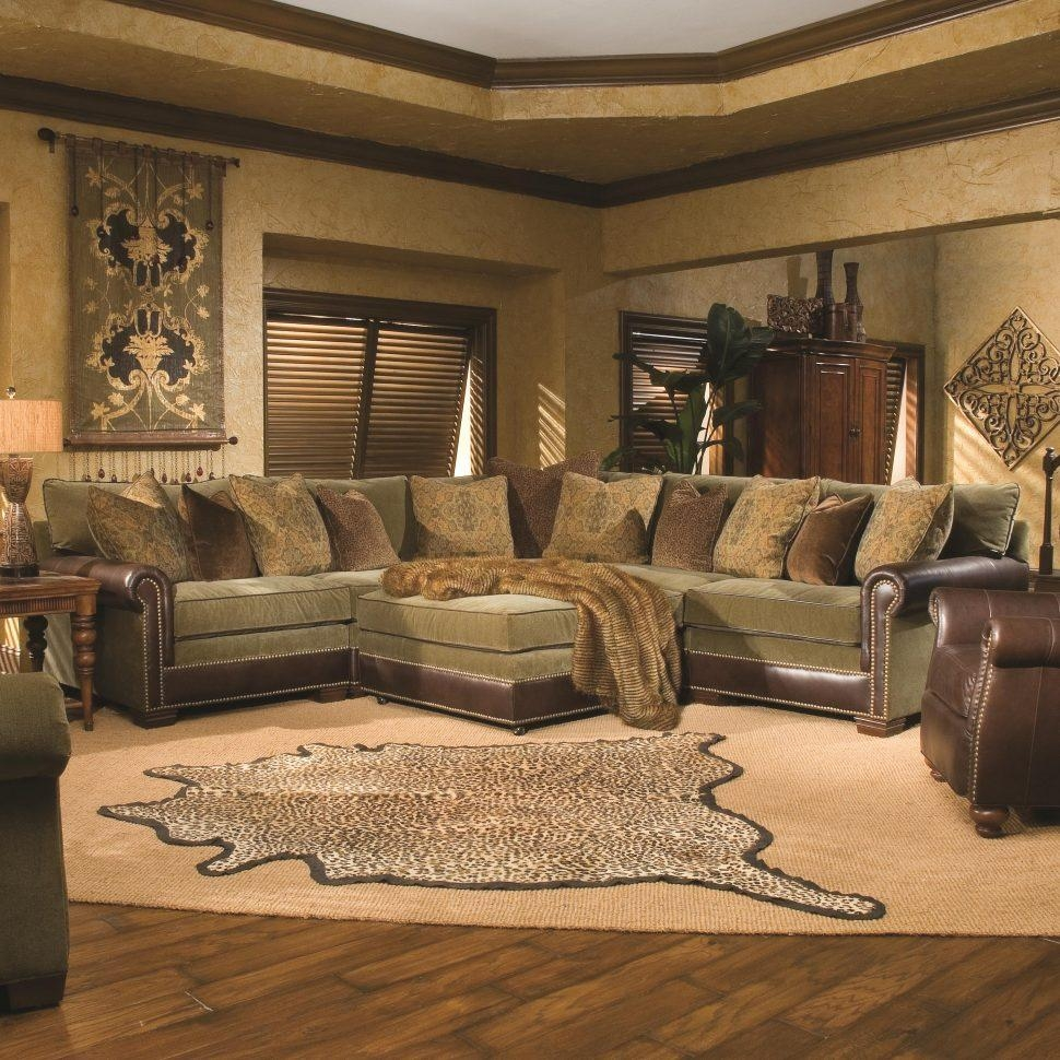 Sofas Center : Transitional Sectional Sofas Traditional Living In Traditional Sectional Sofas (View 15 of 20)