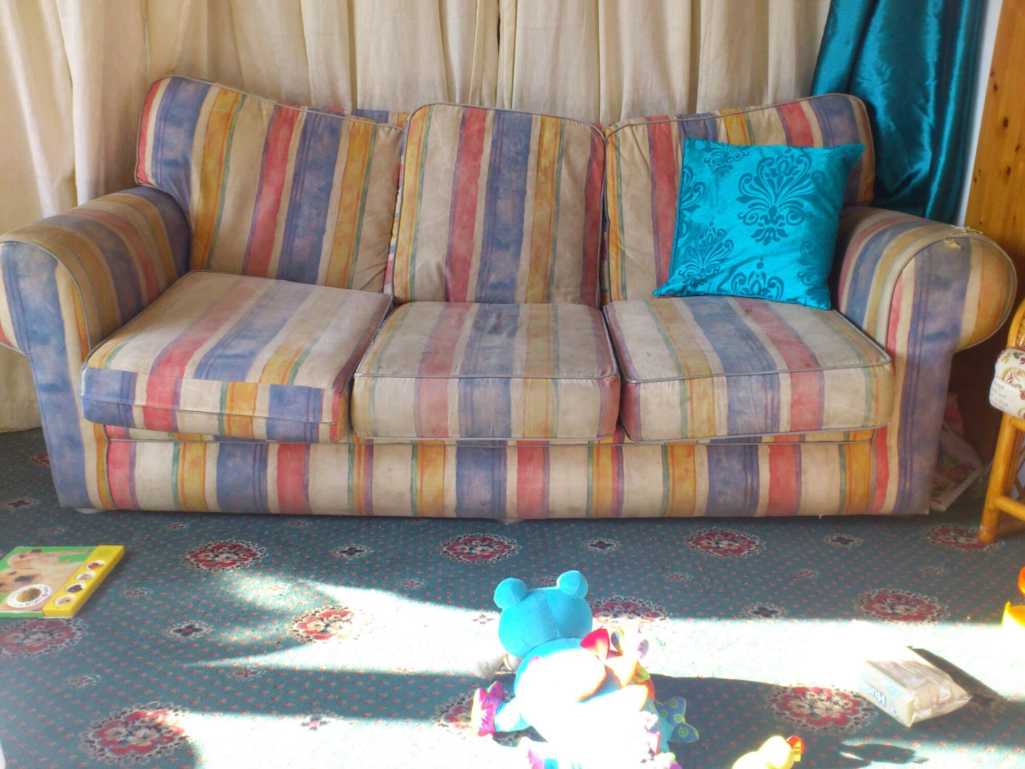 Sofas, Chesterfield & Club Chair Primer — Gentleman's Gazette With Colorful Sofas And Chairs (Image 20 of 20)