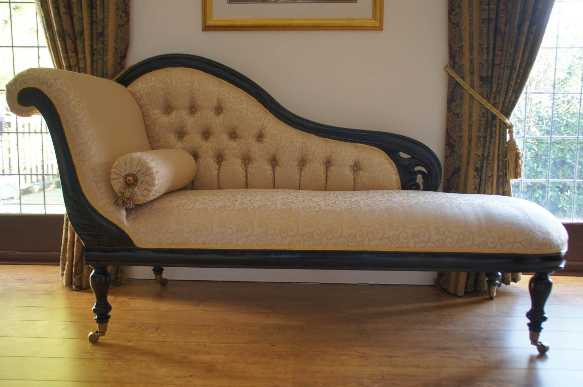 Sofas, Chesterfield & Club Chair Primer — Gentleman's Gazette Within Lounge Sofas And Chairs (Image 19 of 20)