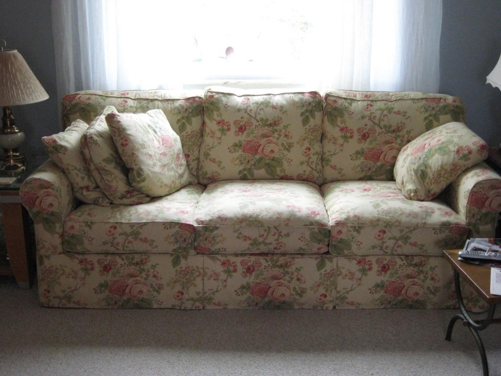 Unique Couches For Sale Regarding Classic Sofas For Sale (View 11 of 20)