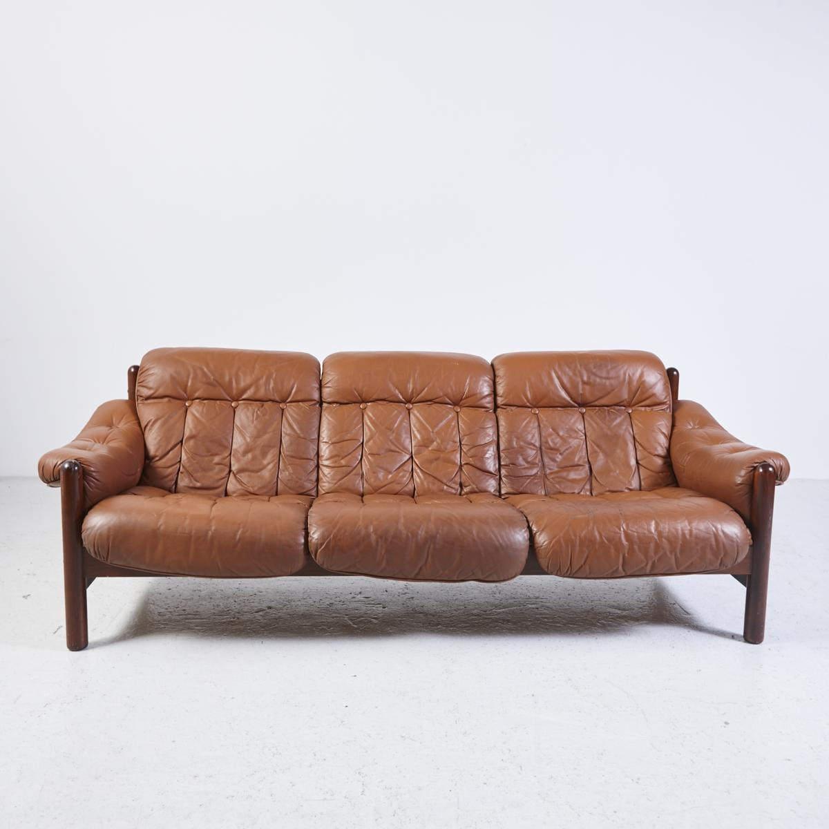 Vintage 3 Seater Leather Sofa With Teak Frame For Sale At Pamono With Regard To 3 Seater Leather Sofas (View 14 of 20)