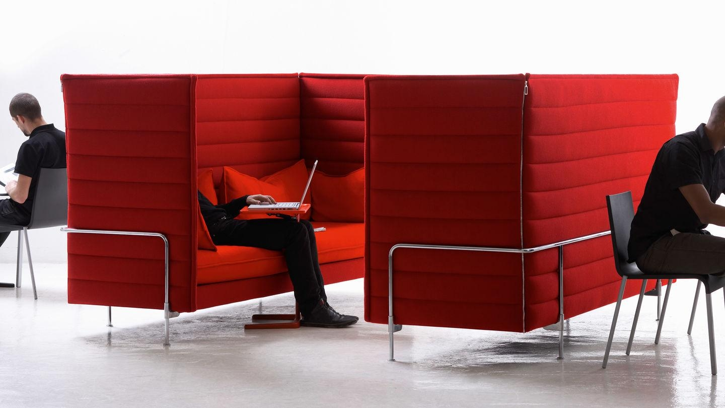 Vitra | Alcove for Sofas With High Backs