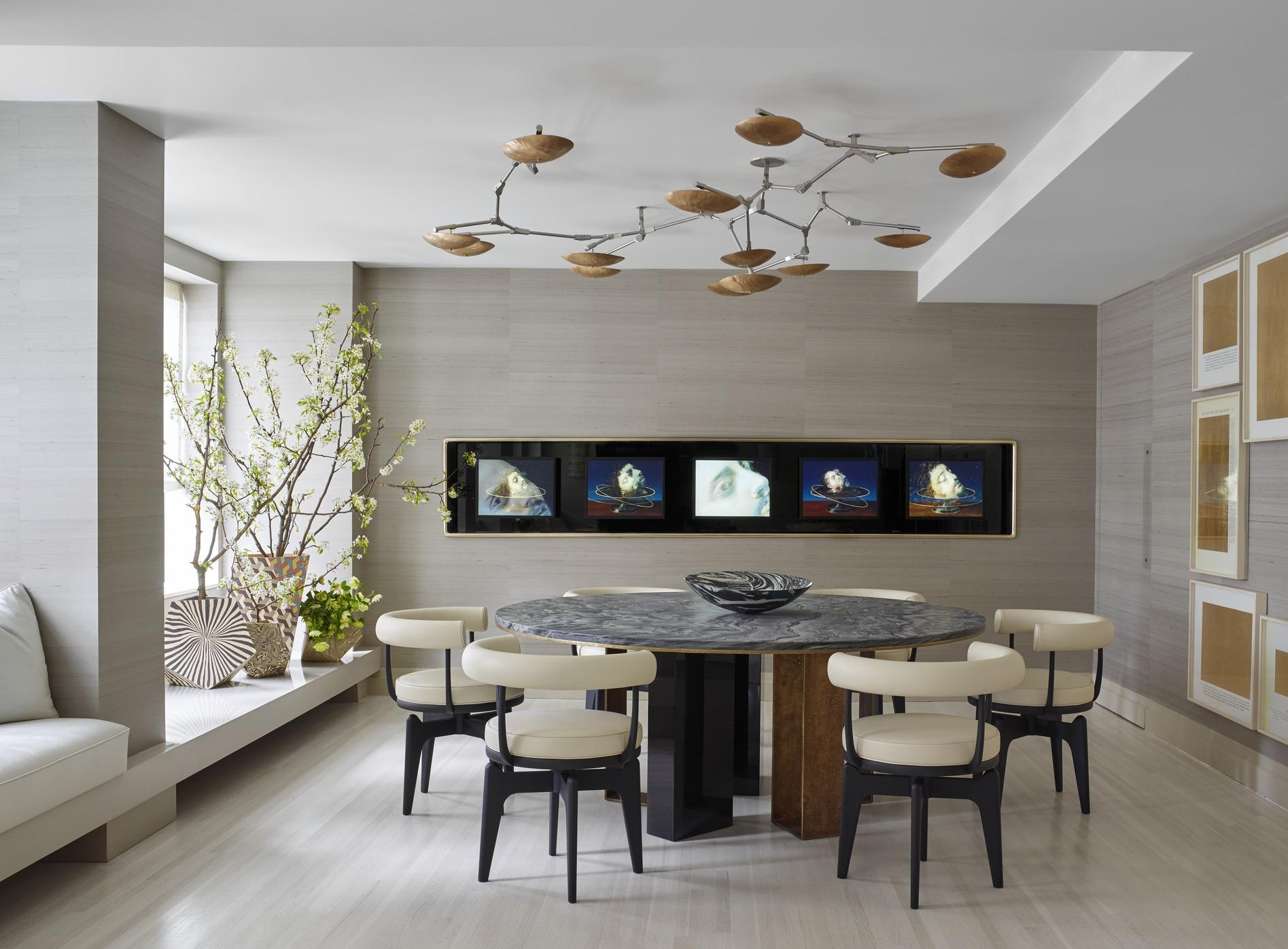 Choices of modern wall art for dining room