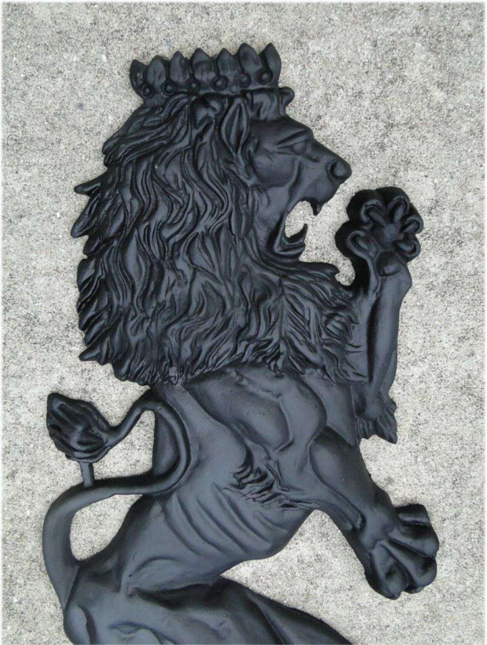Big Royal English European Lion Crest Wall Art Pair Of Lions In With Lion Wall Art (Image 5 of 20)