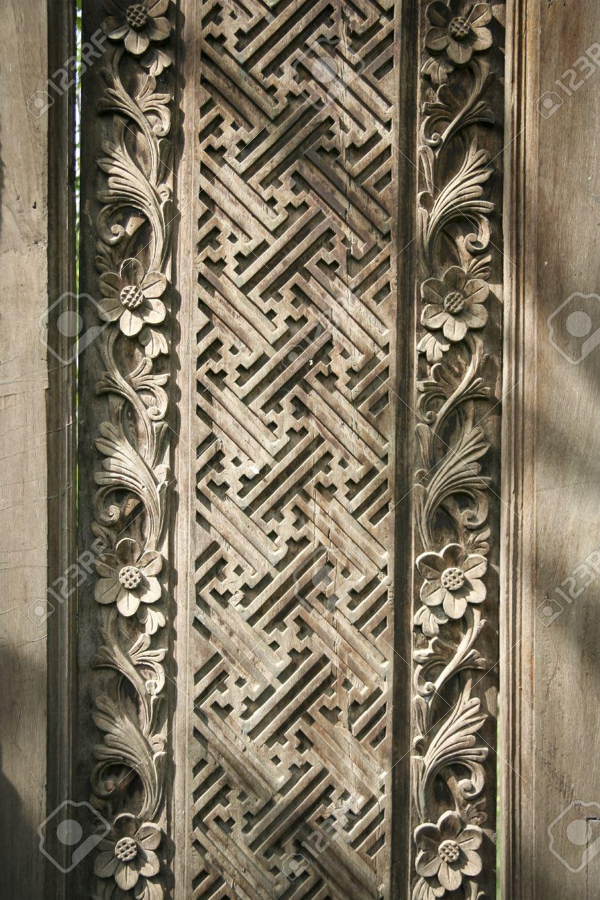Carved Geometric Flower Patterns In Wooden Wall Panel In Ubud With Regard To Balinese Wall Art (Image 10 of 20)