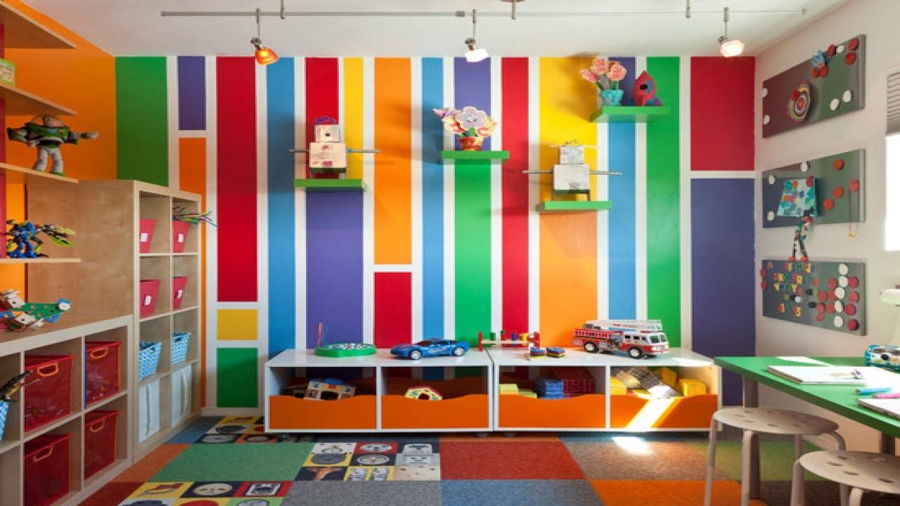 20 best collection of preschool wall decoration wall art for Art classroom decoration ideas