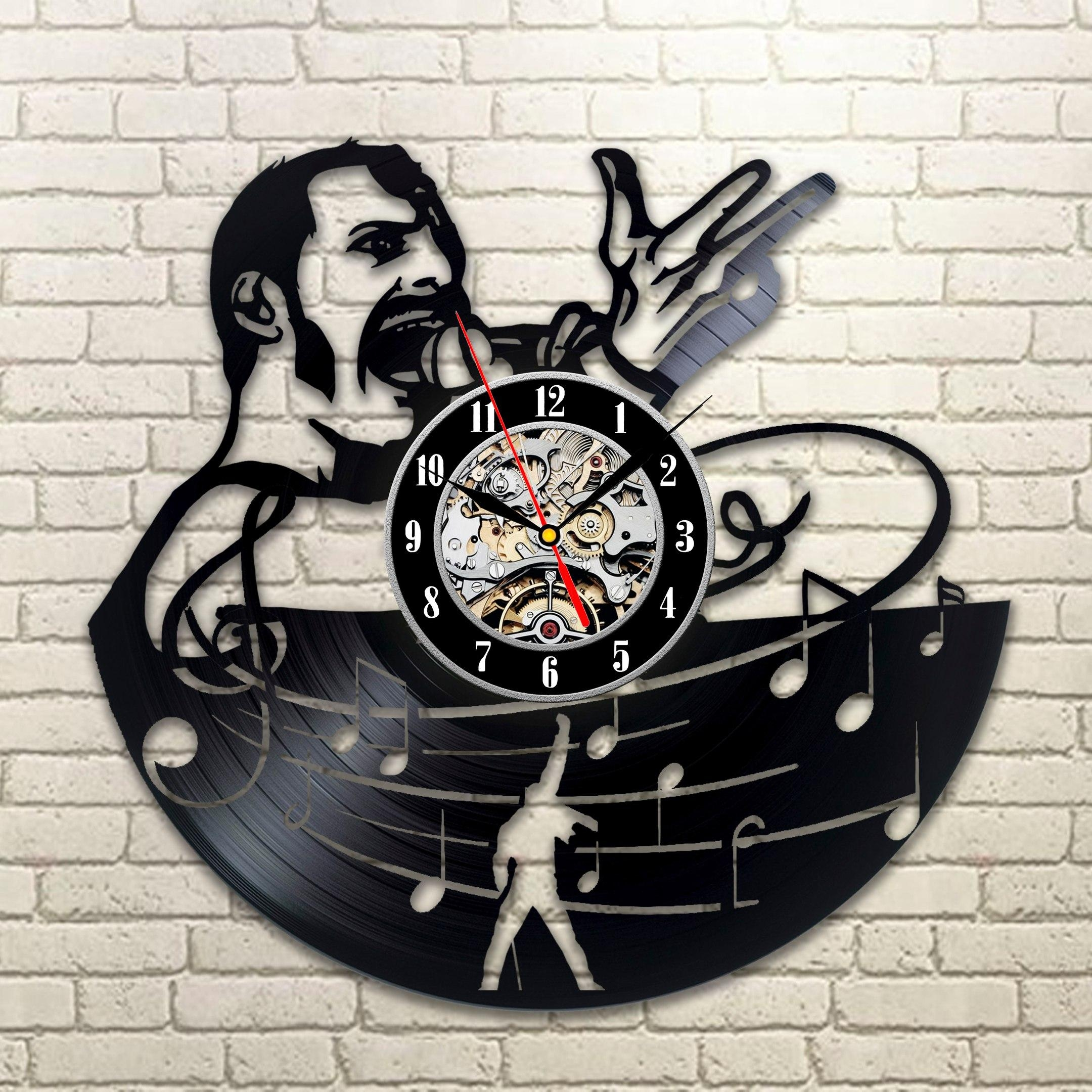 Freddie Mercury Wall Clock – Vinylevolution (Image 9 of 20)