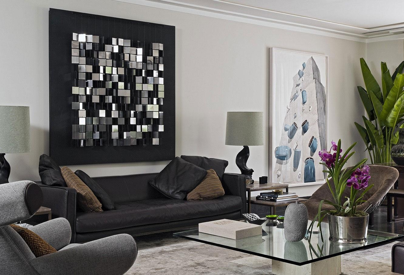 Stunning Living Room Interior Design With Cute Sofa Also Chairs In Modern Glass Wall Art (View 20 of 20)