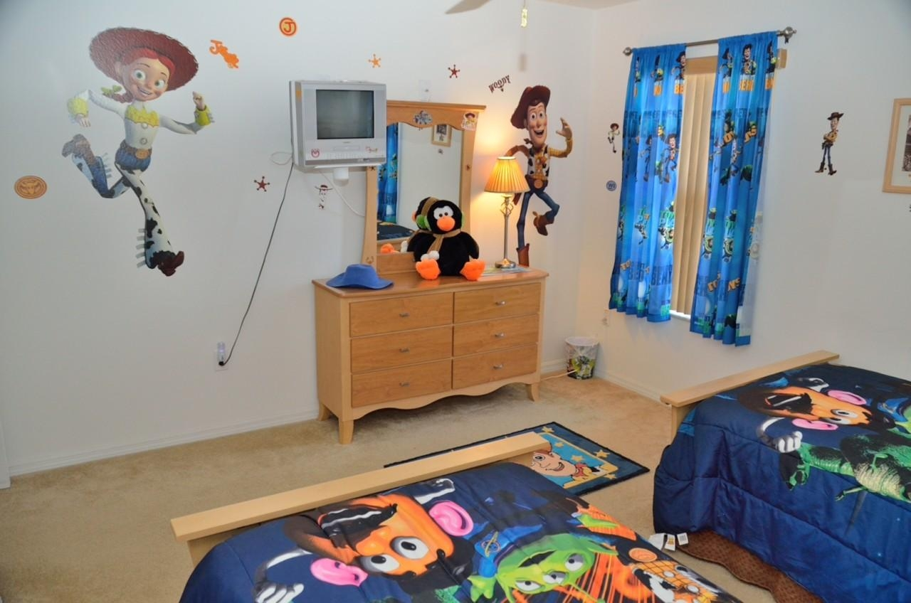 Toy Story Bedroom Decor For Kids   Homesfeed Throughout Toy Story Wall Stickers (Image 18 of 20)