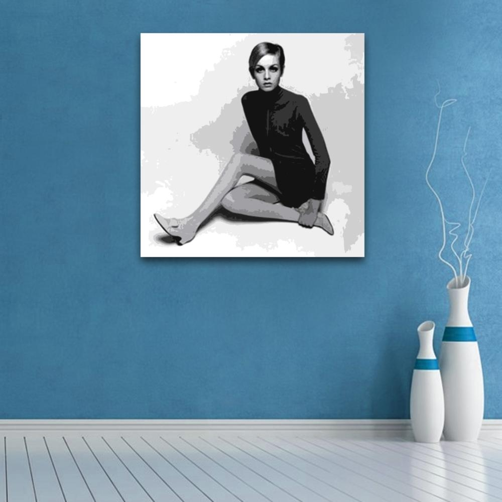 Featured Image of Twiggy Vinyl Wall Art