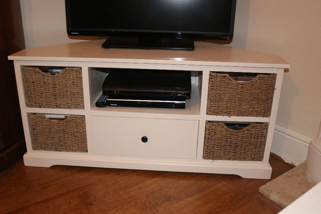 3 Pcs Of Cream Shabby Chic Furniture 1 X Corner Tv Stand, 1 X Throughout Recent Cream Corner Tv Stands (Image 3 of 20)