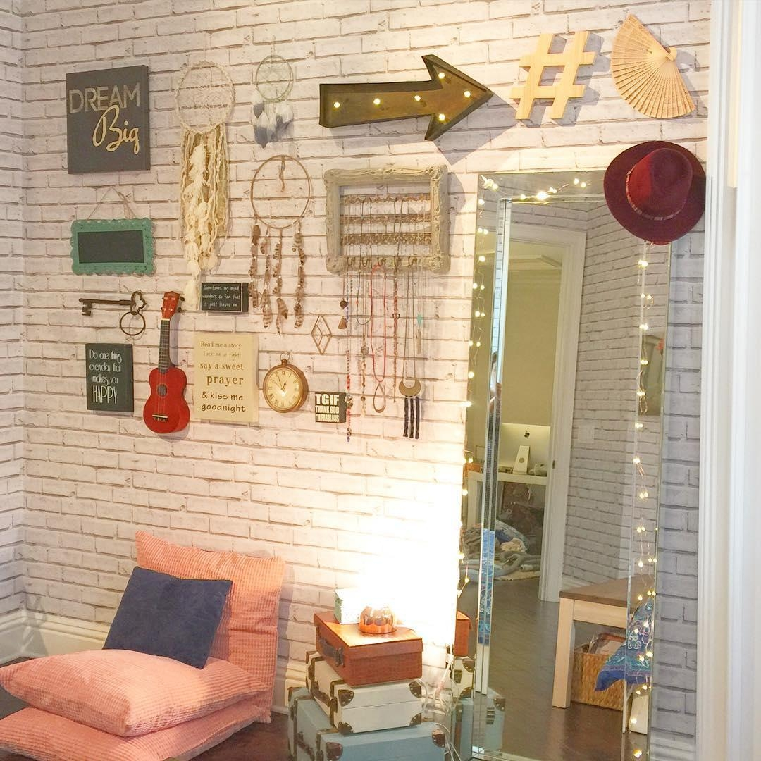 30+ White Brick Wall Interior Designs | Home Designs | Design With Regard To Hanging Wall Art For Brick Wall (View 15 of 20)
