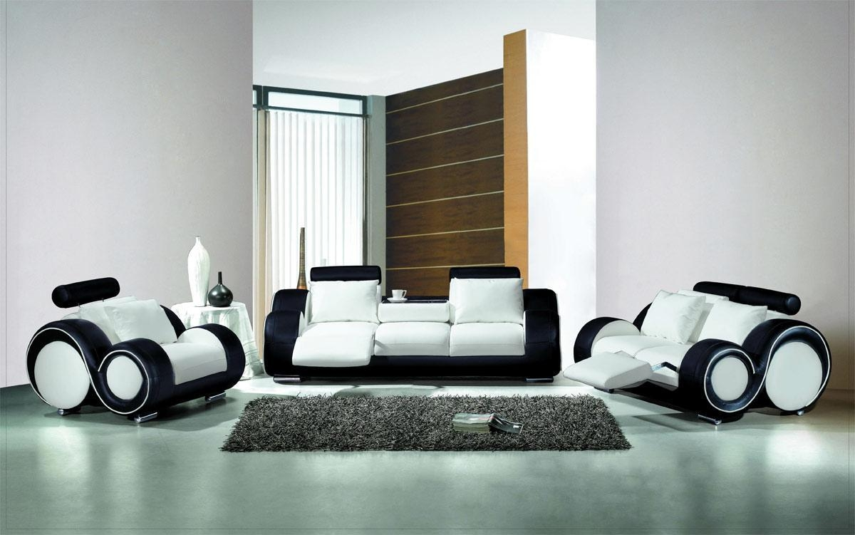 49 Awesome Living Room Furniture Most Wanted – Freshouz With Regard To White And Black Sofas (Image 3 of 21)