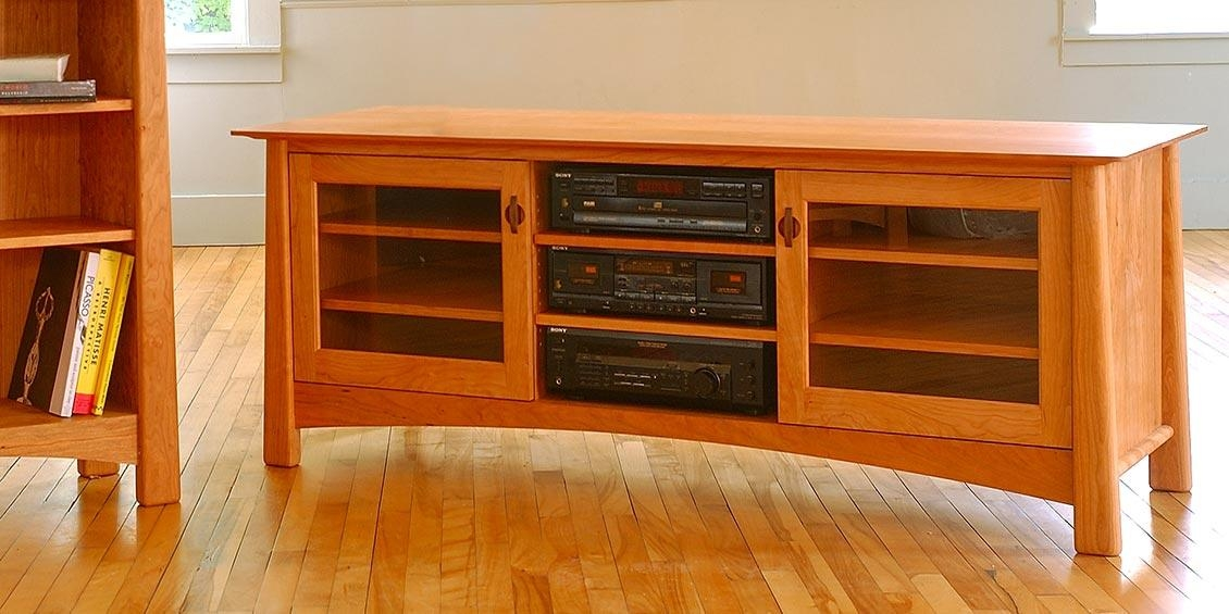 Best Large Wooden Tv Stand Solid Wood Tv Stands Media Consoles Regarding Most Recently Released Maple Tv Stands (Image 3 of 20)