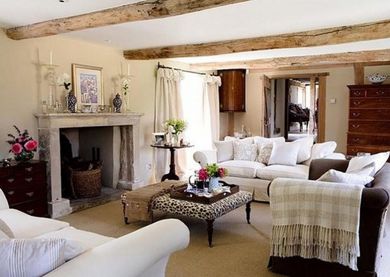 Best Rustic Farmhouse Living Room Ideas With Regard To Italian Wall Art For Living Room (Image 3 of 20)