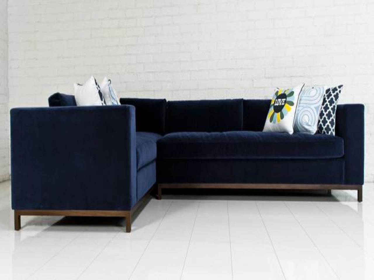 Blue Velvet Sectional Glorious Contemporary Blue Velvet Sectional With Regard To Blue Tufted Sofas (Image 2 of 22)