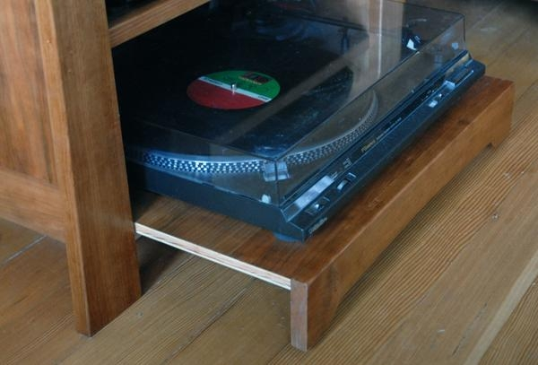 Featured Image of Turntable Tv Stands
