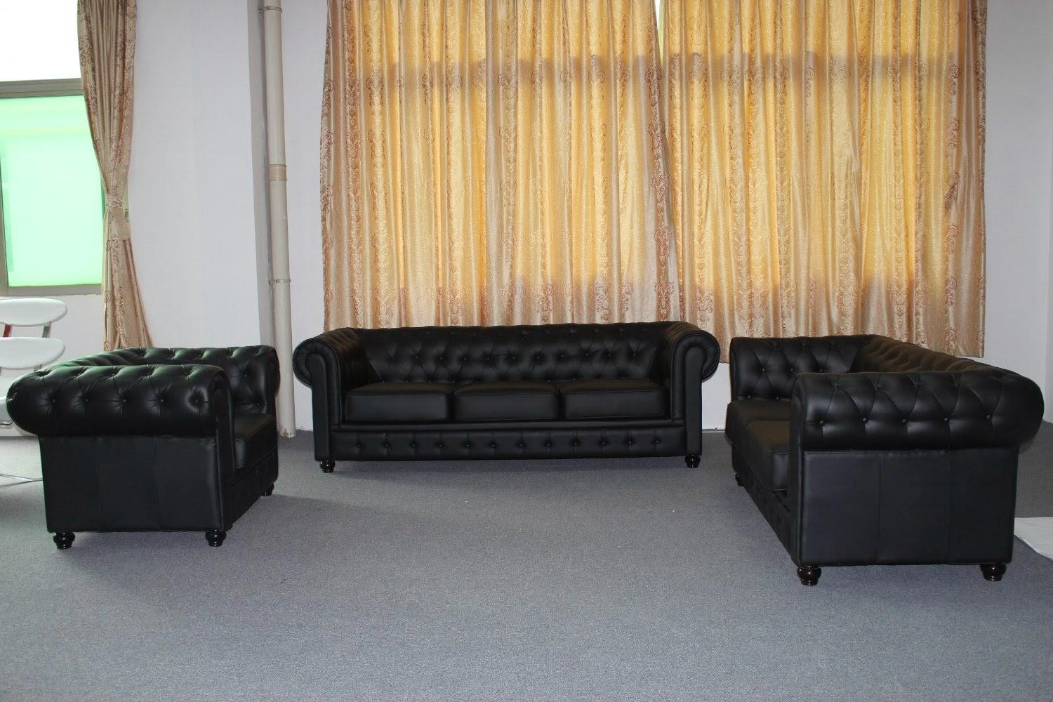 Chesterfield Sofa: Modern Chesterfield Sofa Pertaining To Chesterfield Black Sofas (View 3 of 20)