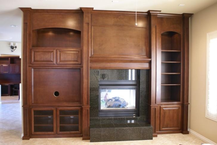 Cool White Enclosed Tv Cabinets For Flat Screens With Doors Mixed For Most Recently Released Enclosed Tv Cabinets For Flat Screens With Doors (Image 3 of 20)