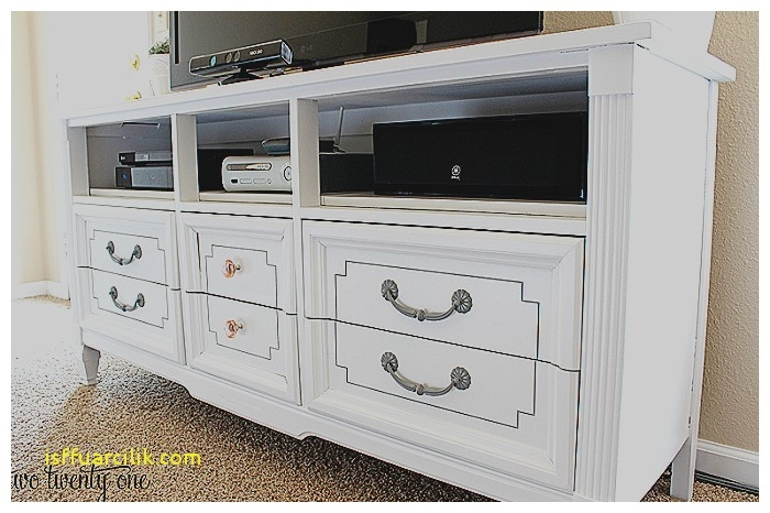 Dresser (Image 11 of 20)