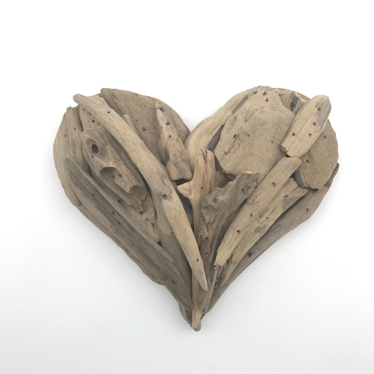 Featured Image of Driftwood Heart Wall Art