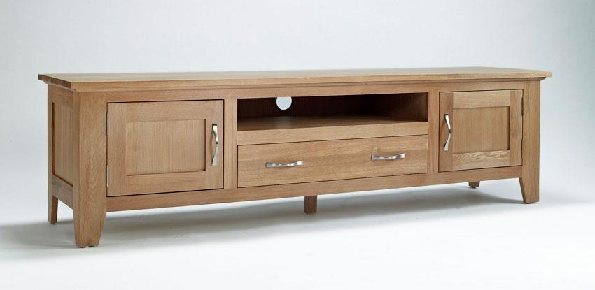 Elegant Oak Widescreen Television Unit | Hampshire Furniture Inside Most Recently Released Oak Widescreen Tv Unit (Image 10 of 20)