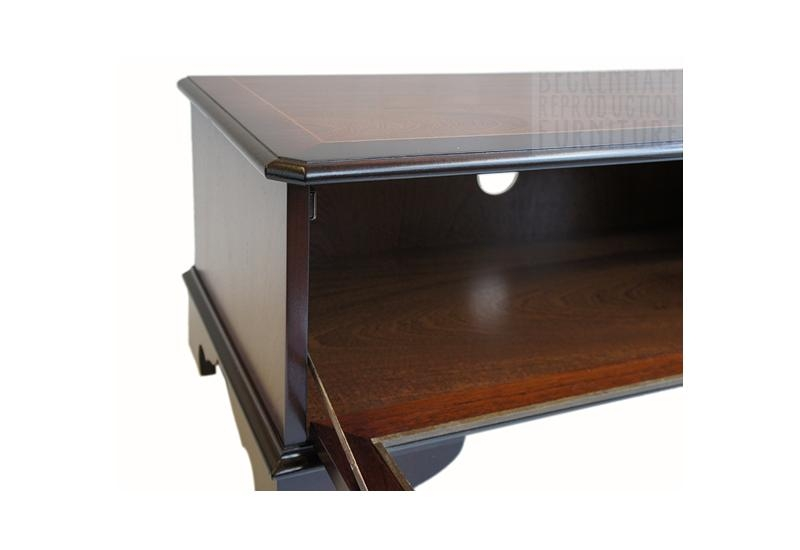 Glass Front Tv/video Box Cabinet (Mahogany Veneer) – Beckenham Inside Newest Glass Fronted Tv Cabinet (View 8 of 20)